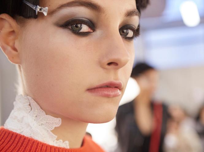 Фото №8 - Black&White: как повторить макияж с показа Giorgio Armani SS18 в Милане
