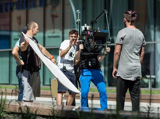 Фото №5 - «Запутались в лете»: как проходили съемки клипа Антона Лаврентьева