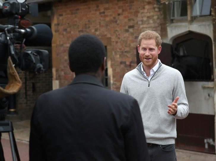 Фото №2 - Как принц Гарри провел «секретную операцию» по рождению первенца