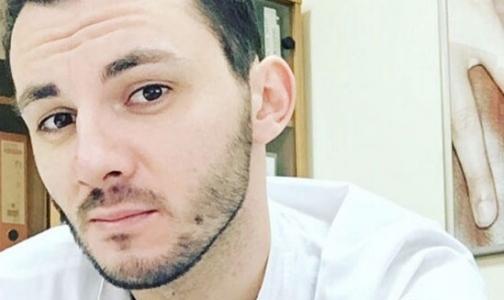 Фото №1 - 26-летнего главврача поликлиники с фальшивым дипломом отправили под суд