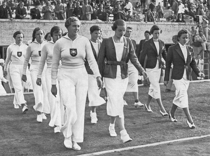 Фото №2 - 10 самых удачных примеров олимпийской формы из истории летних Олимпиад