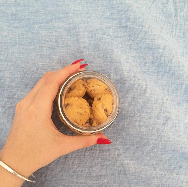 Фото №23 - Звездный Instagram: Леденцы, маффины и печеньки
