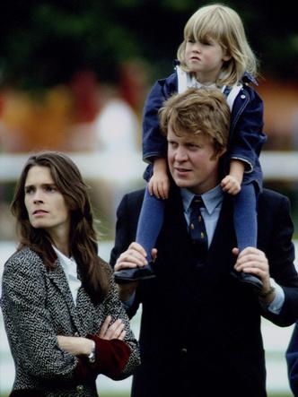 Фото №3 - Неравный брак: почему Китти Спенсер вышла замуж за мужчину, который старше ее отца (дело не в деньгах)