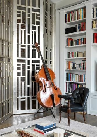 Фото №4 - Винтаж и современность: элегантная квартира на Патриарших прудах 300 м²