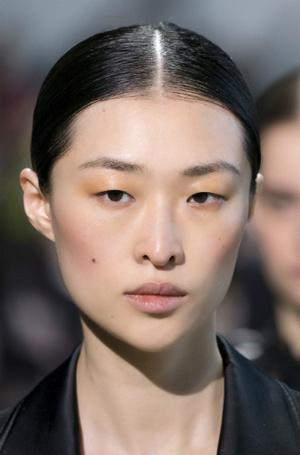 Фото №7 - Главные тренды макияжа осени и зимы 2019