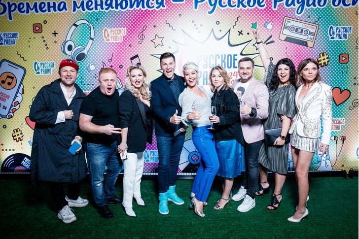 Фото №1 - Семенович, Куценко, Барановская повеселились в ресторане