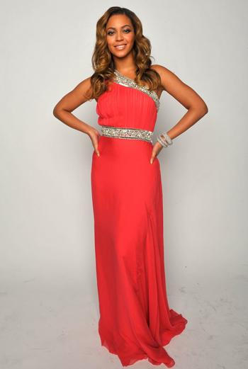 Бейонсе в платье для красной дорожки
