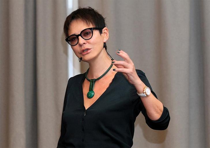 Ирина Хакамада, писатель, фото