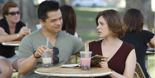 Фото №2 - Почему лучше заранее изучить меню ресторана, прежде чем вести в него девушку