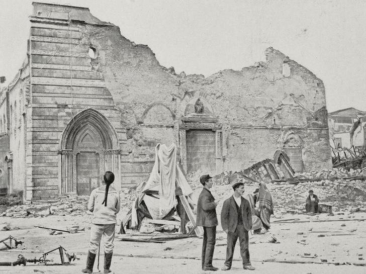 Фото №2 - История потрясений: 10 самых разрушительных землетрясений XX и XXI веков