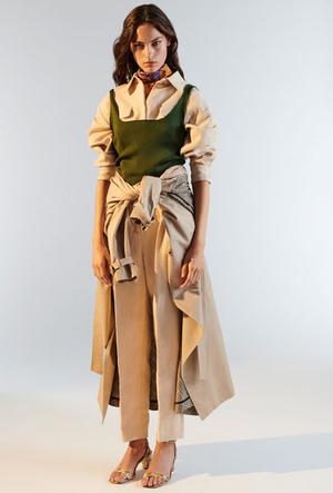 Фото №5 - Базовый гардероб парижанки: самые модные вещи Sandro для весны и лета 2020