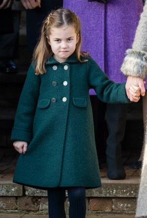 Фото №5 - Одно лицо: принцесса Шарлотта и ее истинный двойник в королевской семье