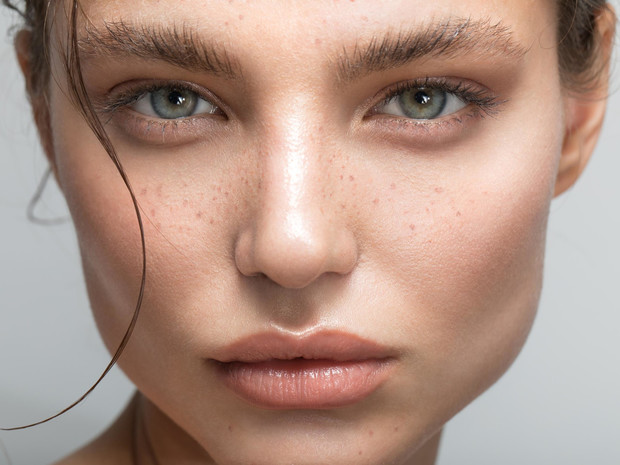 Фото №7 - «Мыльные» брови: повторяем главный бьюти-тренд из Instagram