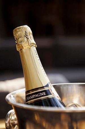 Фото №5 - Родственники шампанского: креман, франчакорта, кава и другие