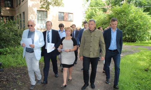 Фото №1 - Для утверждения плана модернизации «боткинских бараков» создадут рабочую группу
