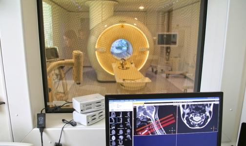 Фото №1 - Почему в Петербурге аппаратов МРТ и КТ много, а очереди на обследование не сокращаются