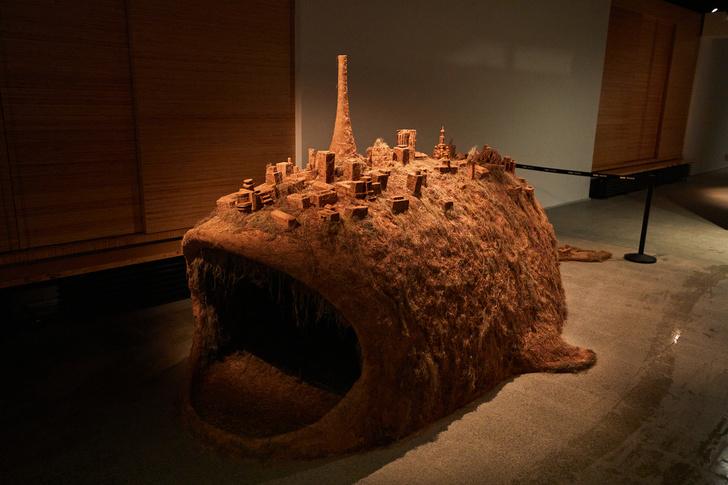 Фото №4 - Современность глазами художников на выставке «Немосква не за горами»