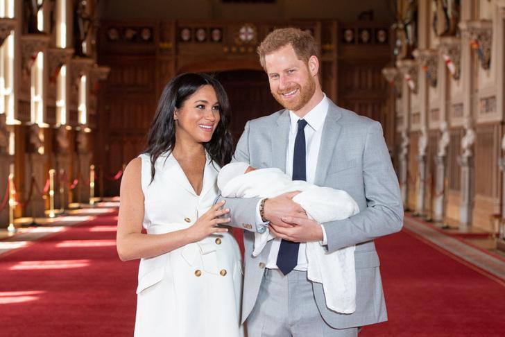Фото №5 - Меган и принц Гарри показали малыша и рассекретили его имя