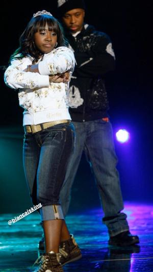 Фото №6 - Chicken Noodle Soup Fight: оригинал от Webstar & Young B VS ремейк от J-Hope & Becky G