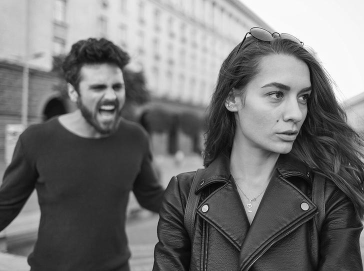 Фото №3 - 11 признаков эмоционального абьюза: как распознать и защититься от психологического насилия