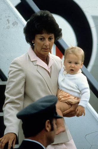 Фото №21 - Малыши-путешественники: первые зарубежные туры королевских детей