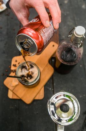 Фото №13 - Мятный, десертный, газированный: три рецепта холодного кофе для жаркого лета