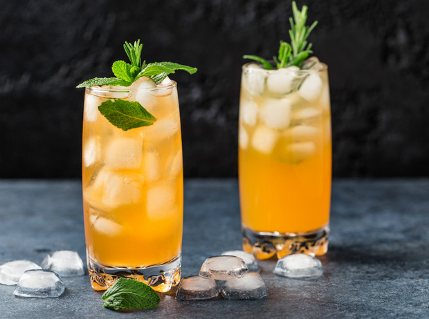 Фото №9 - 8 рецептов освежающих коктейлей от бармена
