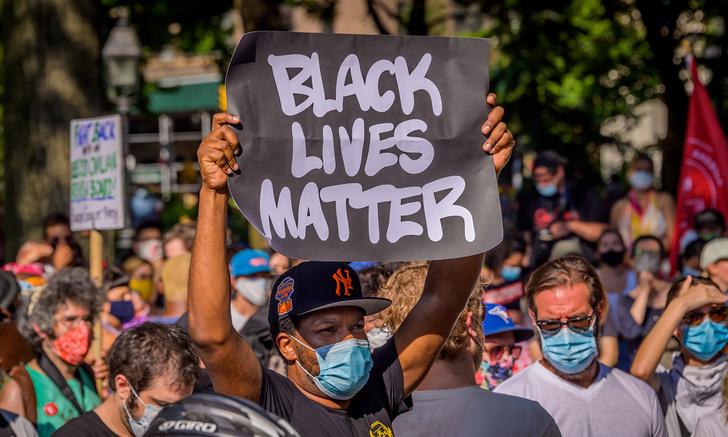 Фото №1 - Российский депутат предложил признать Black Lives Matter экстремистской организацией
