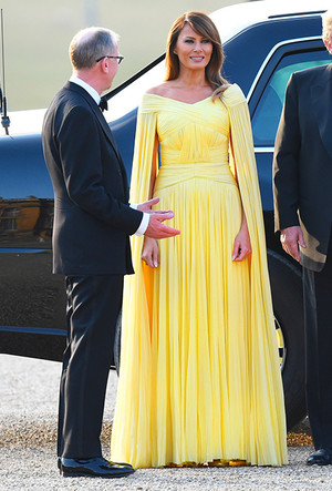 Фото №5 - Цвет силы: как Мелания Трамп, Меган Маркл и другие успешные женщины вводят в моду желтые платья