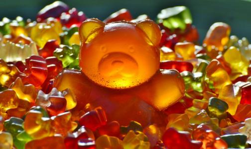 Фото №1 - Врач рассказала, какие сладости станут «бомбой для желудка»