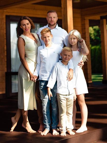 Фото №6 - Звездные семьи, которые только казались идеальными