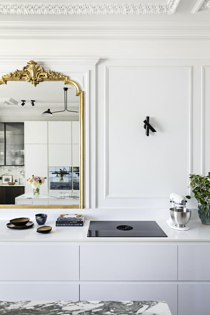 Фото №6 - Квартира с золотыми акцентами в Париже