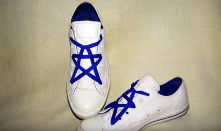 Фото №1 - Как завязать шнурки в виде пентаграммы