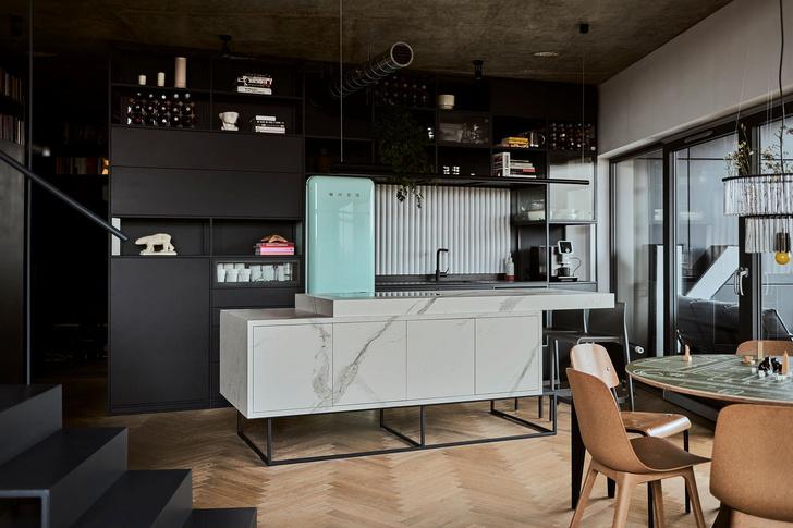 Фото №6 - Эклектичная квартира со спальней в мезонине в Познани