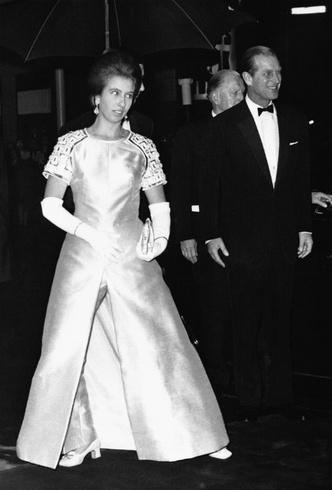 Фото №2 - Бунт во дворце: как принцесса Анна боролась с королевским протоколом