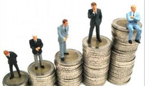 Фото №1 - Зарплата главврачей в Петербурге в 2013 году перевалила за 100 тысяч рублей
