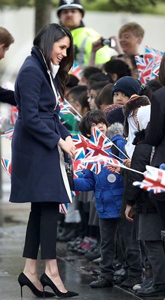 Фото №4 - Меган Маркл и принц Гарри приехали в Бирмингем