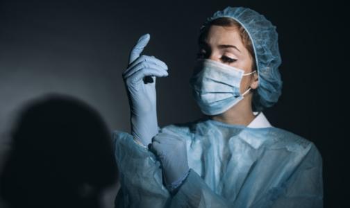 Фото №1 - «В Тюменской области пациентке удалили зуб из носа, но петербургских врачей это не удивляет»