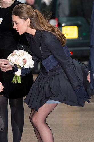 Фото №15 - Суровые уроки стиля, которые Кейт Миддлтон усвоила в браке с принцем Уильямом