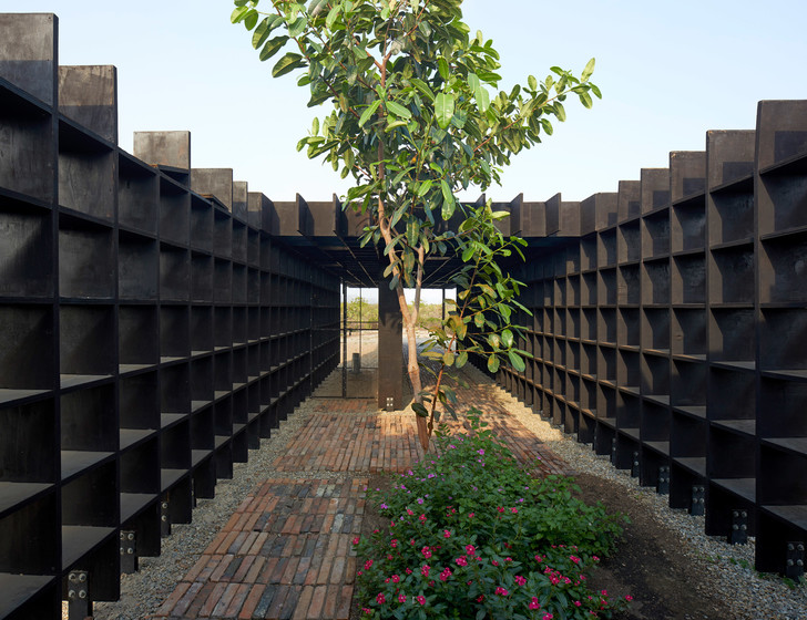 Фото №3 - Курятник по проекту Кенго Кумы в Мексике