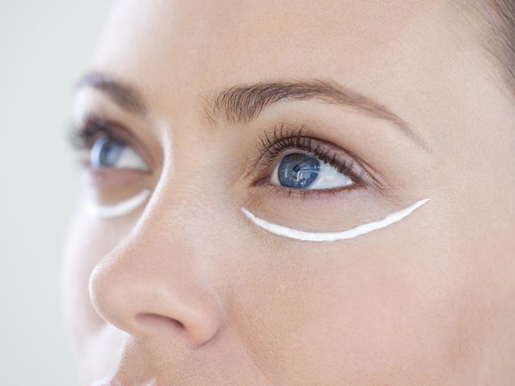 Фото №2 - Как выбрать крем для кожи вокруг глаз: 6 главных правил