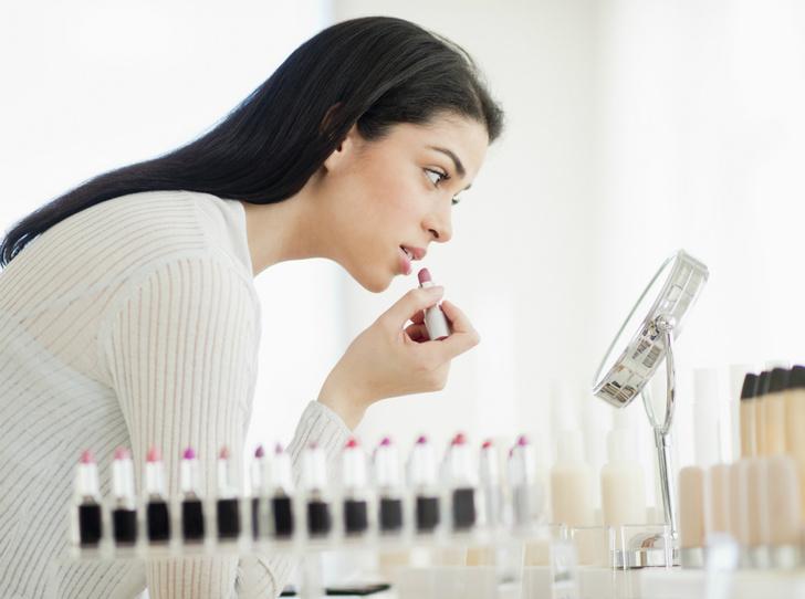 Фото №1 - Как безопасно тестировать косметику в магазине