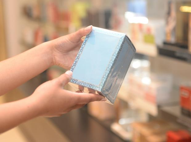Фото №2 - 6 признаков того, что ваш парфюм— подделка