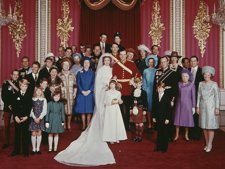 Фото №2 - Какое прозвище принц Чарльз дал первому мужу принцессы Анны (и почему их отношения не сложились)