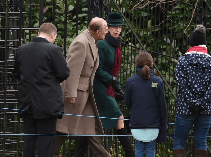 Фото №3 - С кем из детей у принца Филиппа сложились самые теплые отношения