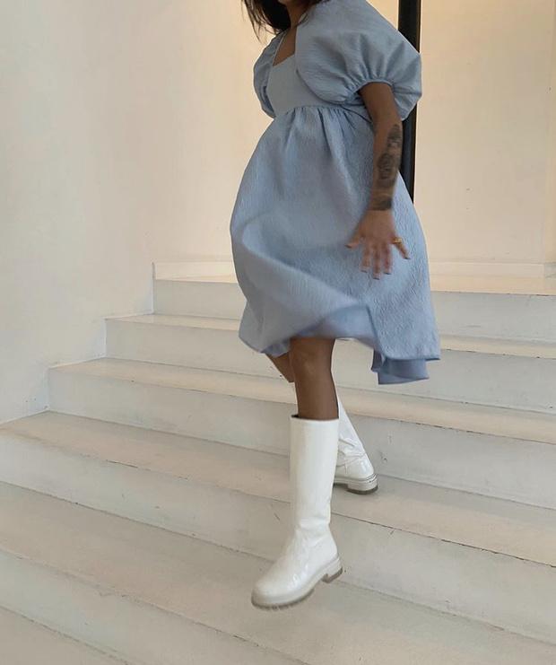 Фото №8 - С чем носить резиновые сапоги: показывают шведские и датские блогеры