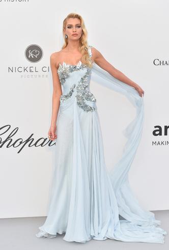 Фото №29 - Самые впечатляющие платья с гала-ужина amfAR 2019