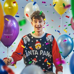Фото №1 - Тест: Организуй новогоднюю вечеринку и мы скажем, придет ли на нее Артур Бабич из Dream Team