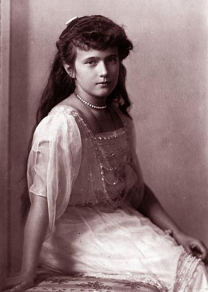 Фото №10 - «Дочь отца», «Гувернантка», «Мадам Бэккер», «Швыбзик»: какими были, что и кого любили великие княжны Романовы
