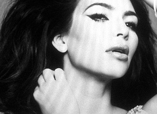 Фото №1 - Пример для подражания: Ким Кардашьян копирует образ Софи Лорен